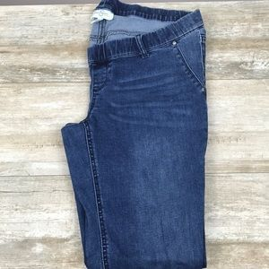 Jessica Simpson size Large maternity jeans